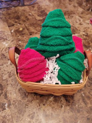 Longaberger basket and washcloth trees for Sale in Coraopolis, PA