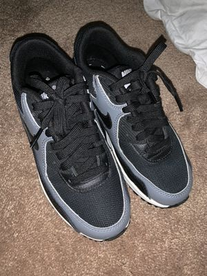 Women's Nike AirMax 90 size 5.5 for Sale in San Francisco, CA