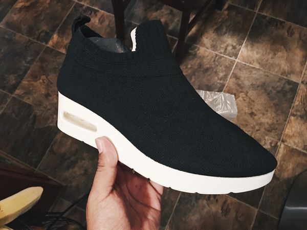 e195ca36aab DKNY Angie Slip On Low (Size 6.5) for Sale in Bellflower