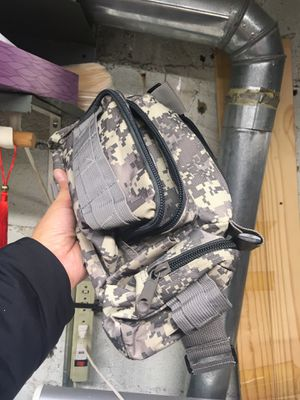 Army Camouflage outdoor dual layers waist pack for Sale in New York, NY