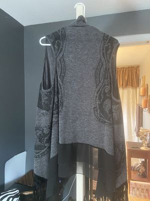 Grey and black shawl for Sale in Vancouver, WA