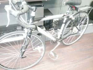 SPECIALIZED SEQUIOA ROAD BIKE for Sale in Chicago, IL