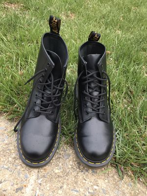 DR MARTENS CORE 1460 for Sale in Silver Spring, MD