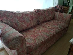 Beautiful sofa - Newly Reupholstered for Sale in Fort Meade, FL
