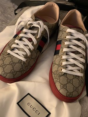 Authentic Gucci Supreme Shoes for Sale in Bowie, MD
