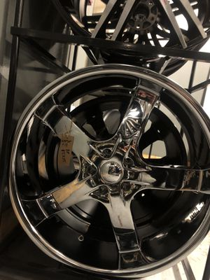 BRAND NEW Chrome 22 inch rims for only $1000!!! for Sale in Tacoma, WA