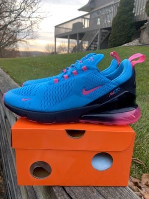 Nike Air Max 270 South Beach for Sale in Pewaukee, WI