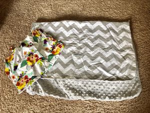 Car seat canopy and nursing cover for Sale in Lillington, NC