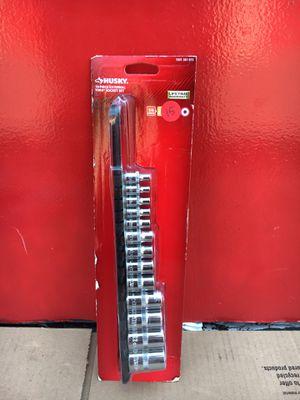 Husky 1/4, 3/8, 1/2 in. E-Torx Socket Set (13 pieces) for Sale in Redlands, CA