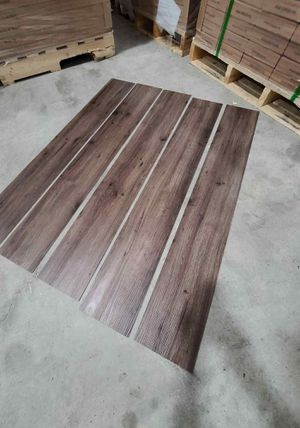 Luxury vinyl flooring!!! Only .60 cents a sq ft!! Liquidation close out! for Sale in Los Angeles, CA