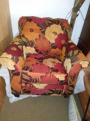Sillon for Sale in Kent, WA