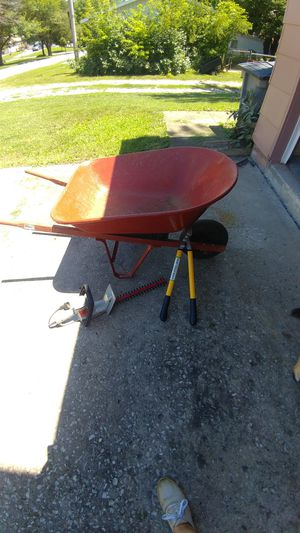 Wheelbarrow, clippers, and electric trimmer for Sale in Trimble, MO