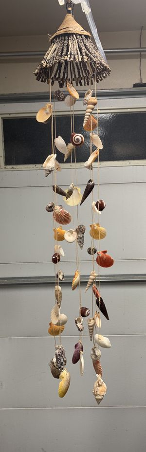 Sea shell wind chime 8 string for Sale in Orange, CA