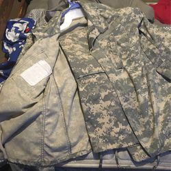 Full Army Combat Uniform for Sale in Kissimmee,  FL