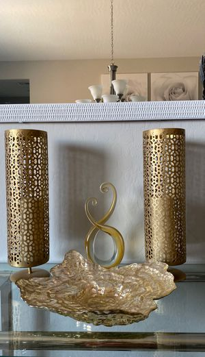 Gold glass accent decor only- (2 gold candle holder Not for sale)pls check out other post for sale items for Sale in Las Vegas, NV