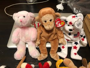 Lot of beanie babies for Sale in Las Vegas, NV