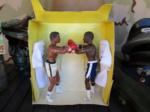 Vtg Muhammad Ali & Joe Frazier Boxing Action Figures Toy with Robes for Sale in Phoenix, AZ