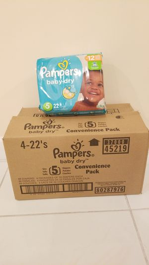 Pampers diapers size 5 for Sale in Tamarac, FL