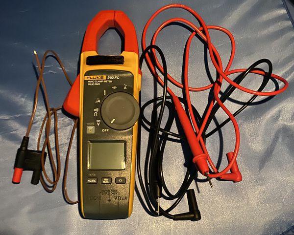 Fluke 902 FC True RMS Wireless HVAC/R Clamp Meter, CAT III 600V / CAT IV 300V