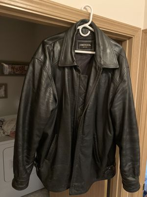 Men's 2XL Leather Coat for Sale in Graham, WA
