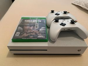Xbox one with two controllers and a game for Sale in Spanaway, WA