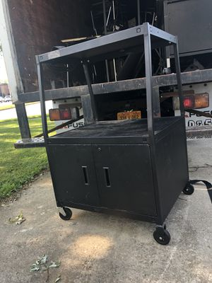 2 Media Carts for Sale in Montgomery, IL