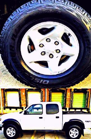 $1,4OO I'm selling urgentl 2OO4 Toyota Tacoma. for Sale in Abbeville, LA