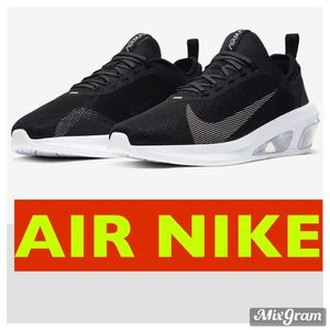NIKE /// SIZE 10 \\\ FREE DELIVERY for Sale in Las Vegas, NV