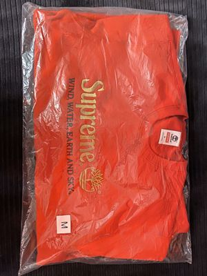 SUPREME / TIMBERLAND | CREWNECK | MEDIUM | RED for Sale in Wheaton, MD