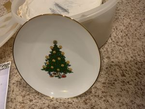 Collectible Plates from BC Clarks for Sale in Edmond, OK