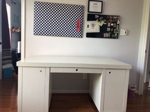 Pottery Barn Kids Desk for Sale in West Springfield, VA