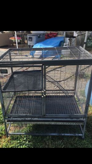 Critter nation 2 tiers great for ferrets for Sale in Lake Grove, NY