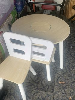 Kids Table And 2 Chairs for Sale in Tampa,  FL