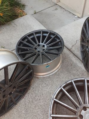 Road Force Luxury 22 Rims Black for Sale in Battle Ground, WA
