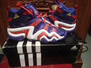 Adidas Crazy 8 Size (7) For Women for Sale in Fort Meade, FL