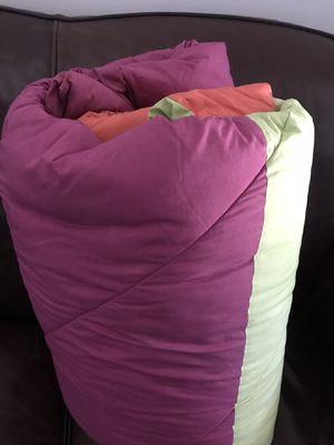 Queen size quilt for Sale in Los Angeles, CA