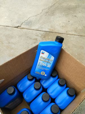 Chevron 10w30 conventional oil for Sale in Los Angeles, CA