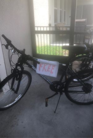 PENDING PICK-UP — Roadmaster Bike *tires are flat. Comes with spare* for Sale in Riverview, FL
