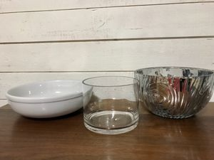 Decor bowls or vases for Sale in Auburn, WA