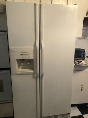 Kitchen Aid Refrigerator for Sale in Glyndon, MD