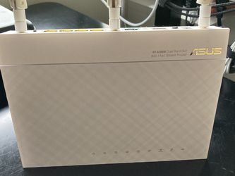 Asus RT-AC66W Router for Sale in Seattle,  WA