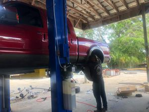 All Trucks BW Gooseneck with in bed wiring. We carry all hitches, goosenecks, 5th Wheels - We carry all trailer parts, trailer tires, trailer axles for Sale in Plant City, FL