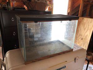 Fishtank I don't know the size for Sale in Villa Rica, GA