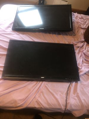Two 32 inc rca and Samsung (to remote) for Sale in Unadilla, NY