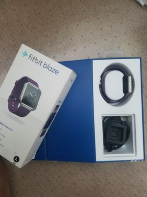 Fitbit Blaze smart fitness watch with step count, heart rate, exercise module and many more new functions for Sale in Wesley Chapel, FL