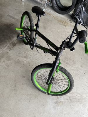Boys Bike Kent Freestyle for Sale in Romoland, CA