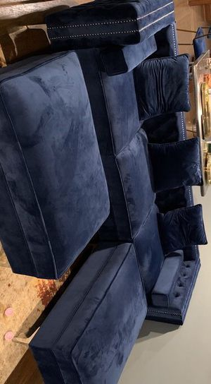 Ava Blue / Gray /Black Velvet RAF Sectional / couch /Living room set for Sale in Houston, TX