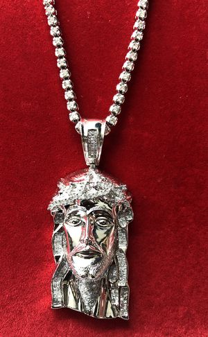 10KT White Gold TENNIS CHAIN & 14KT White Gold Jesus DIamonds. for Sale in Cleveland, OH