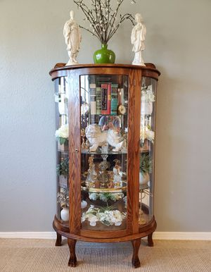 Antique, Curved Glass Curio Cabinet, With Key And Light! for Sale in Friendswood, TX