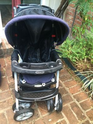 Graco stroller with infant car seat and base for Sale in Houston, TX